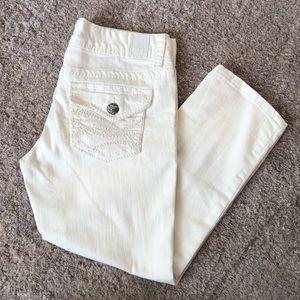 White jean capris!